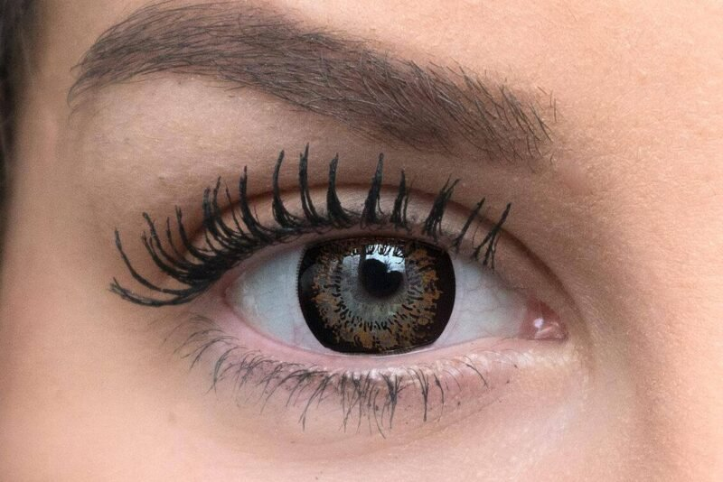 chestnut brown colored contacts light eyes 1 e1603451340828   Elegant Optic