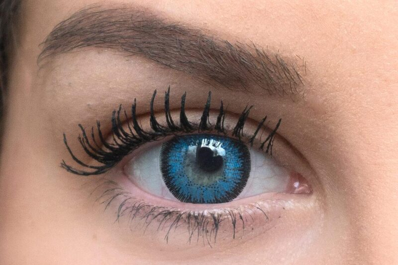 royal blue contacts lenses light new 1 e1603445742557 | Elegant Optic